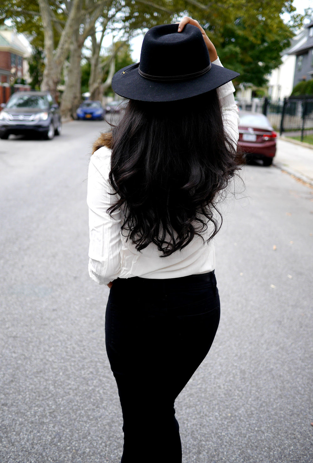 Everlane Silk Shirt Gucci Loafers LOFT Black Skinny Jeans