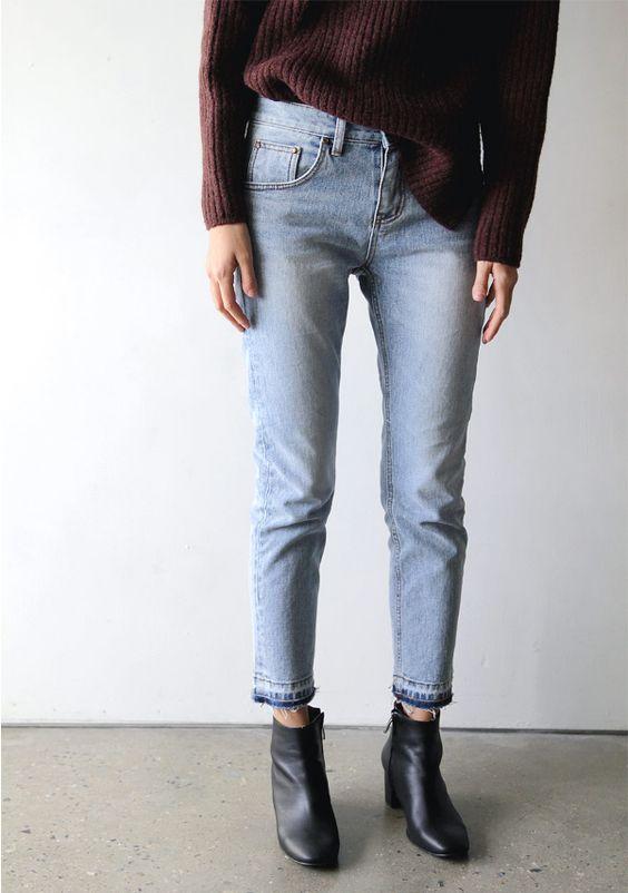 mom-jeans-straight-leg-jeans.jpg