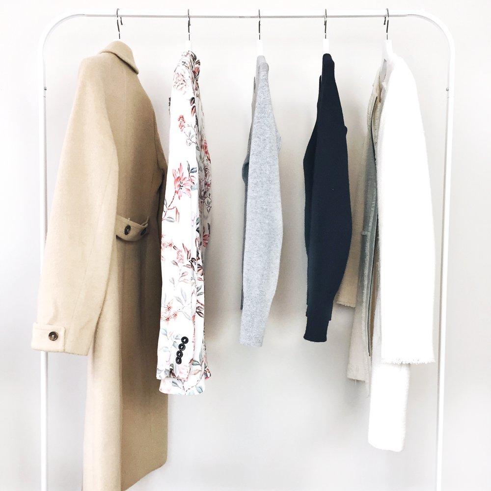 most-worn-items-2016-everlane-cashmere-crew-everlane-round-collar-silk-levis-501-LOFT-Skirt.jpg