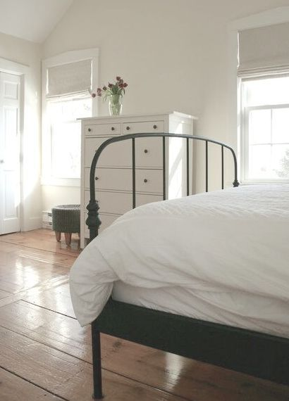 white-bedroom-iron-bed.jpg