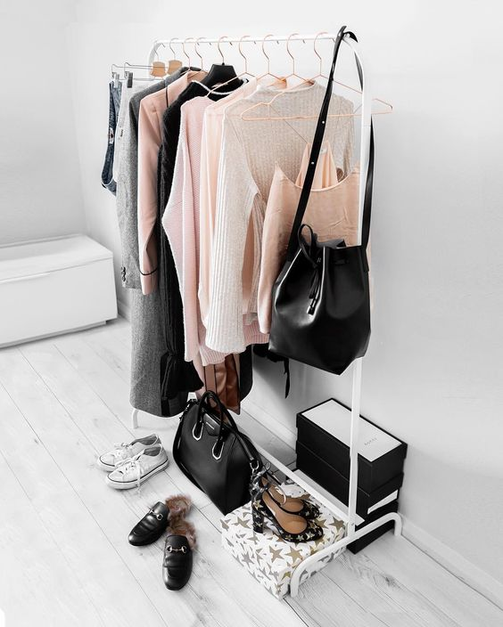 how to create your own clothing wardrobe