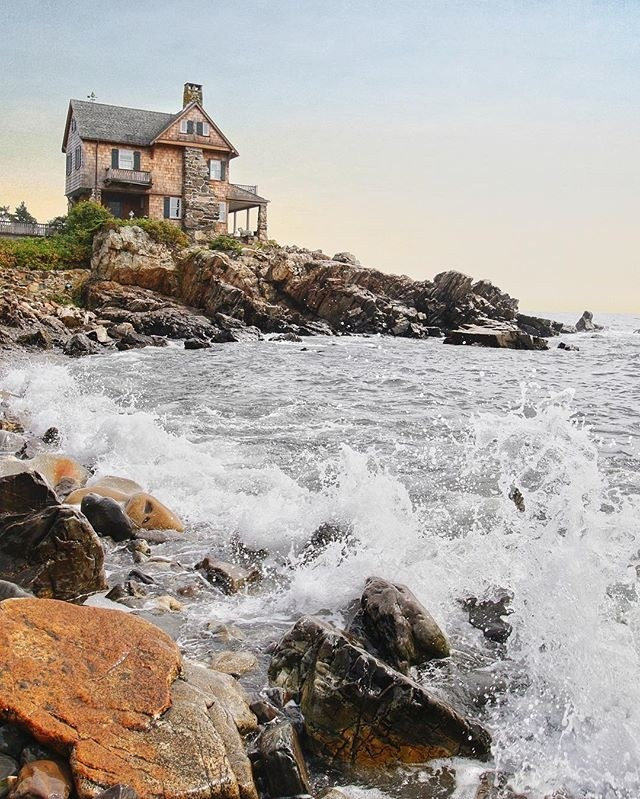 00-holding-kennebunkport.jpg
