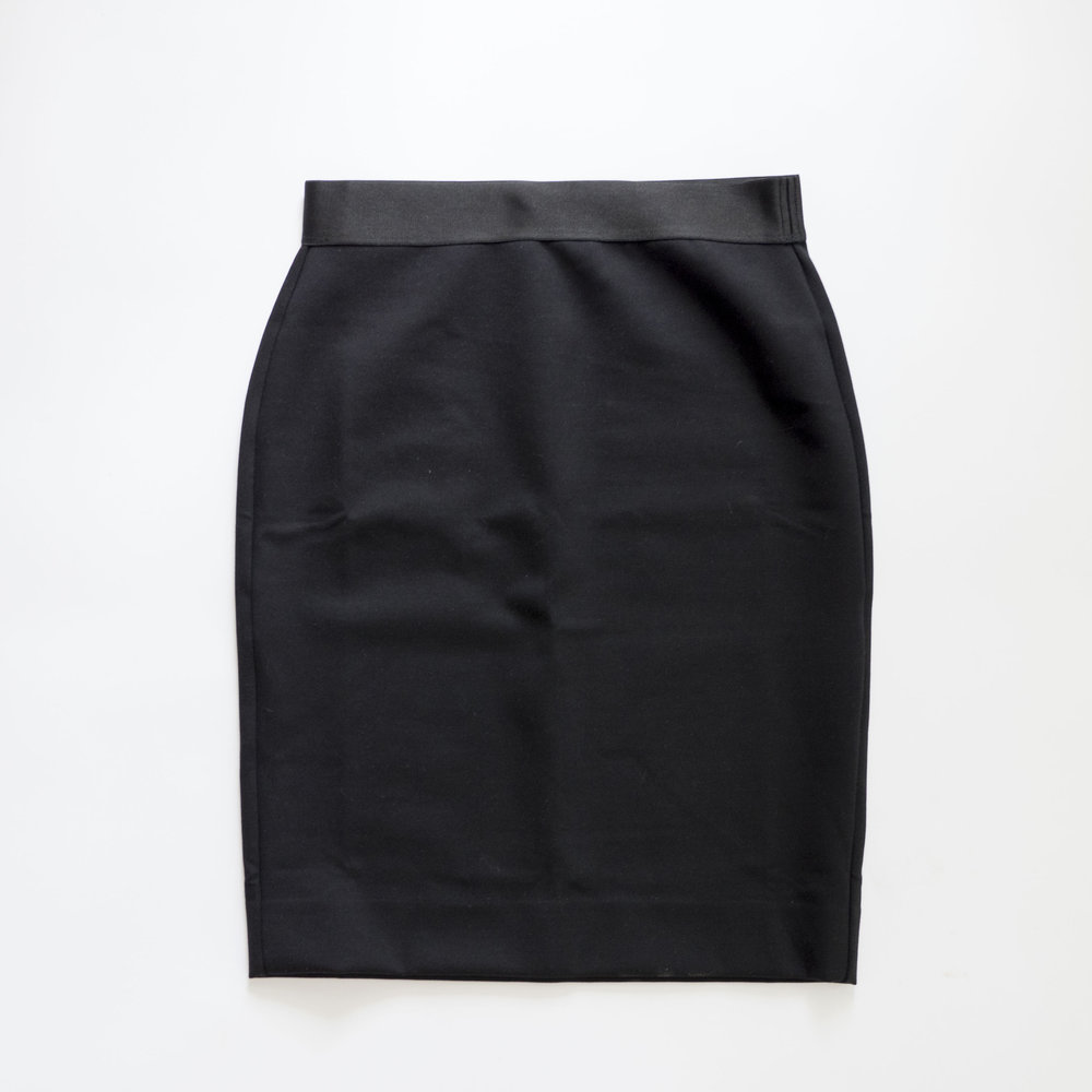 everlane-black-ponte-pencil-skirt.jpg