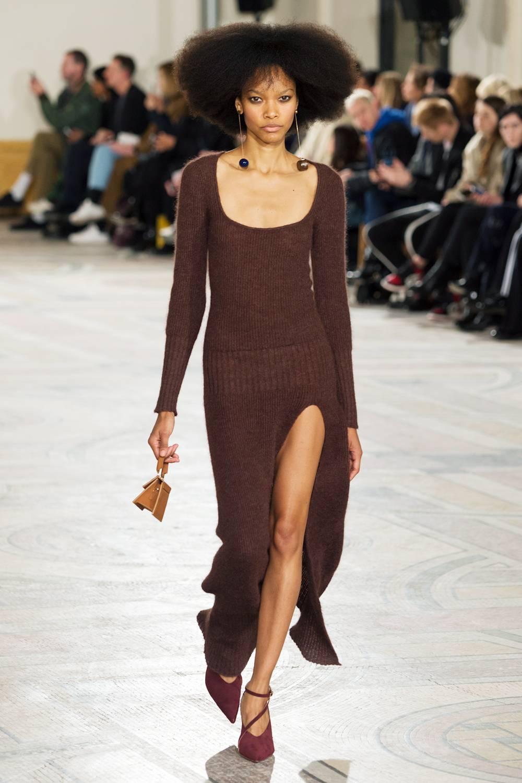 Jacquemus A:W 18 - brown autumn-winter-2018-fashion-trends-262678-1532342311491-image.1200x0c.jpg
