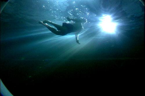 Julie-Underwater-Hellz_YEah.jpg