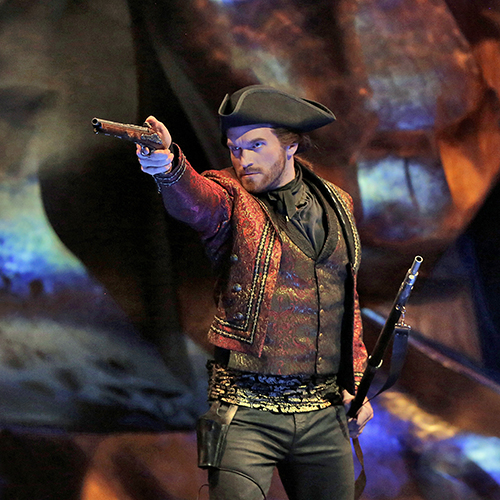 Jarret_Ott_in_DonGiovanni_Ken_Howard500x500.jpg