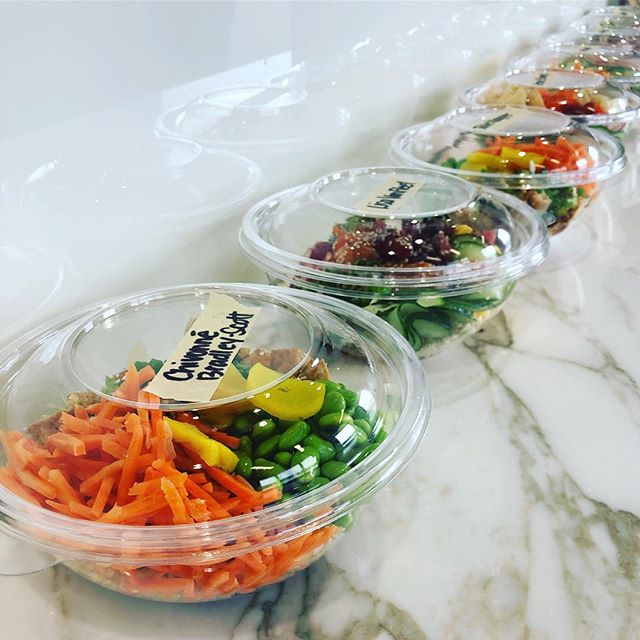 Office Catering | Endless Healthy Lunch Ideas 👌 . . #hiropoke #downtownstl #stleats #stlcatering #stllunch #pokebowl #poke #officecatering #stlfood #healthyfood #feastagram