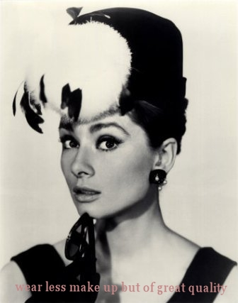 audrey-hepburn-beauty-black-and-white-classic-classy-Favim.com-287820.jpg
