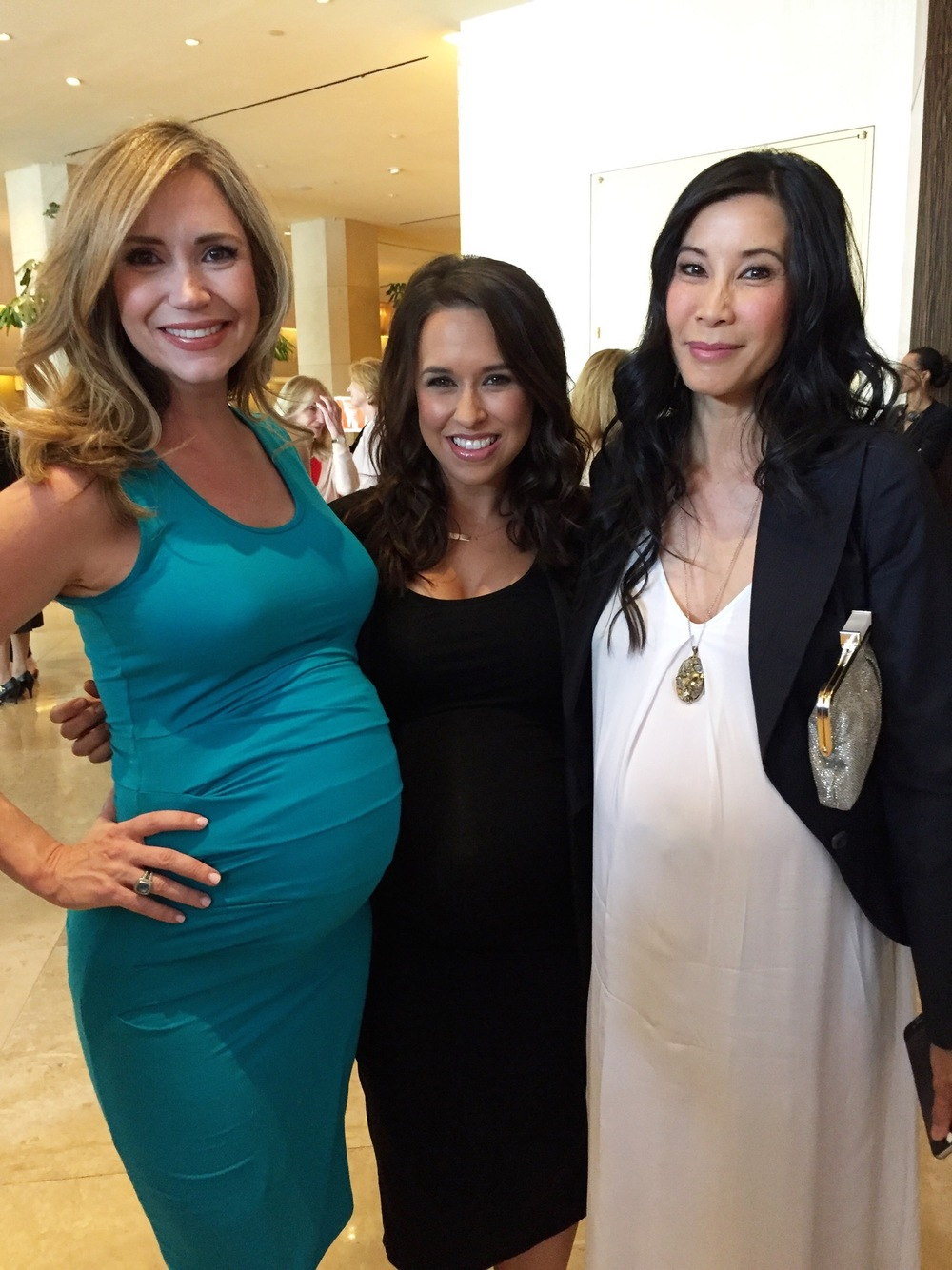 i stayed comfortable in   this tank dress   that i absolutely love (comes in many colors)- Pictured at step up women's inspiration awards with fellow pregnant ladies Lacey Chabert and Lisa Ling (due in two weeks!). I love Lisa's flowy white NON-maternity dress      from another awesome supporter and sponsor of this year's event,    MICHAEL STARS  -  take a look at some of their newer pieces. Great for maternity and non-maternity.