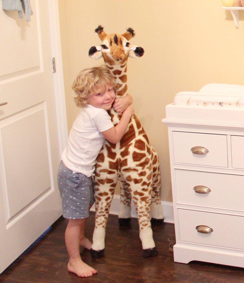 Huck/giraffe
