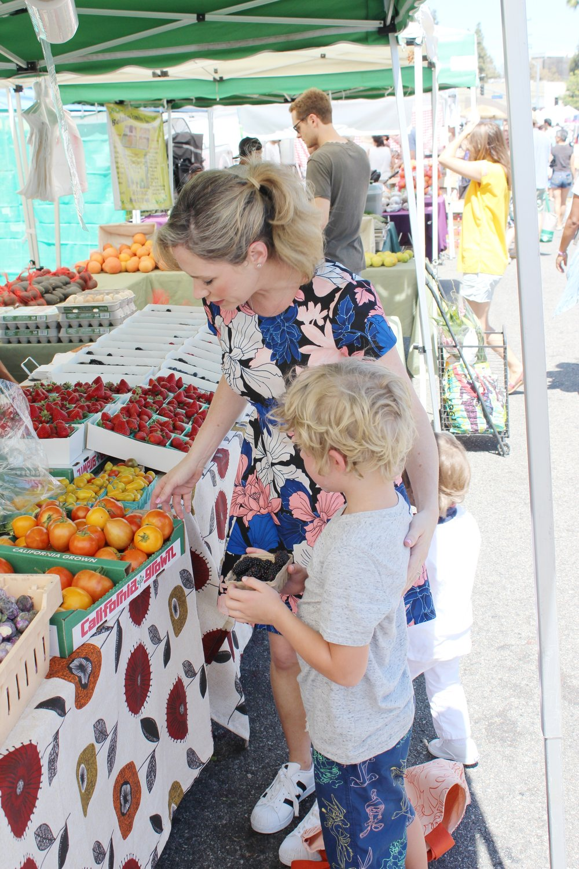farmersmarket-2.JPG
