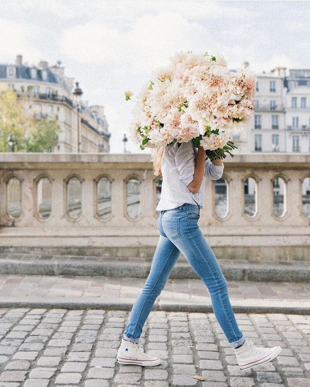 flower-bouquet-europe-ashley-jones-com
