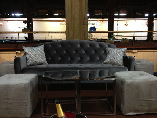 CHARCOAL GRAY VELVET TUFTED SOFA