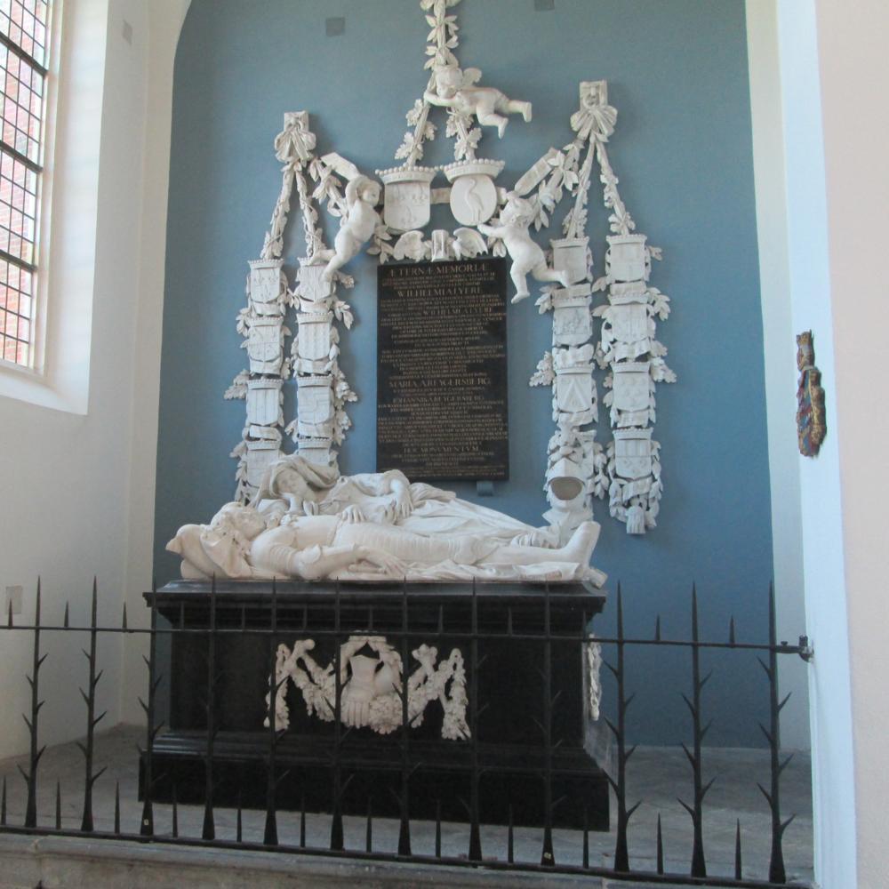 Kapel met grafmonument van Liere, Katwijk