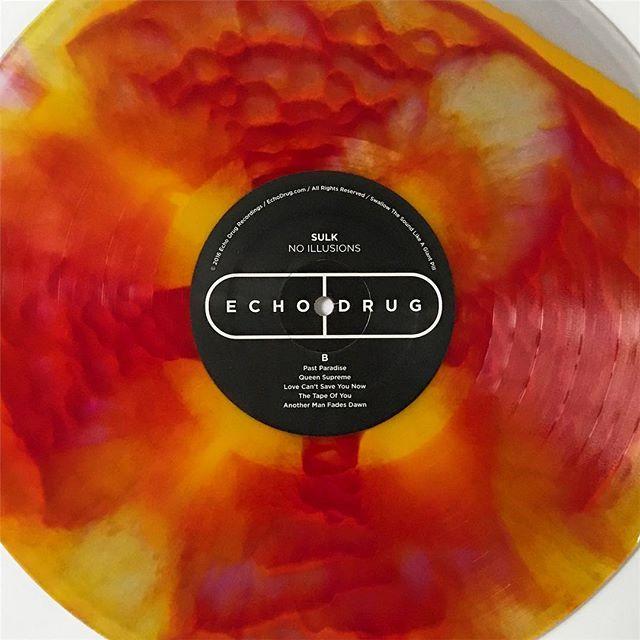 😍 Sulk 'No Illusions' - Second pressing variants are here 👌💊👌 #SulkTheBand #NoIllusions #EchoDrug #EchoDrugRecordings #WaxMageRecords #ColoredVinyl #SplatterVinyl #VinylCollective #InstaVinyl #Vinyl #VinylIGClub #VinylAddict #VinylCommunity #Psych #Shoegaze #Psychedelic #RockNRoll