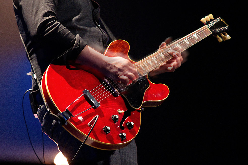 Electric-Guitar-Player-Pentatonic-Scale.jpg