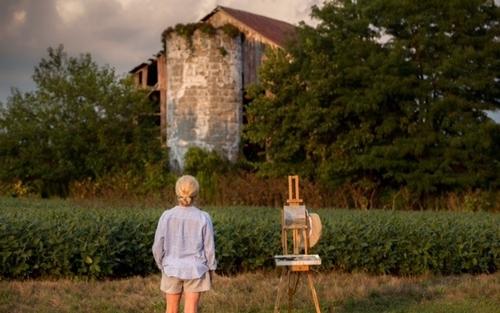 Artist Carolyn Heffelfinger