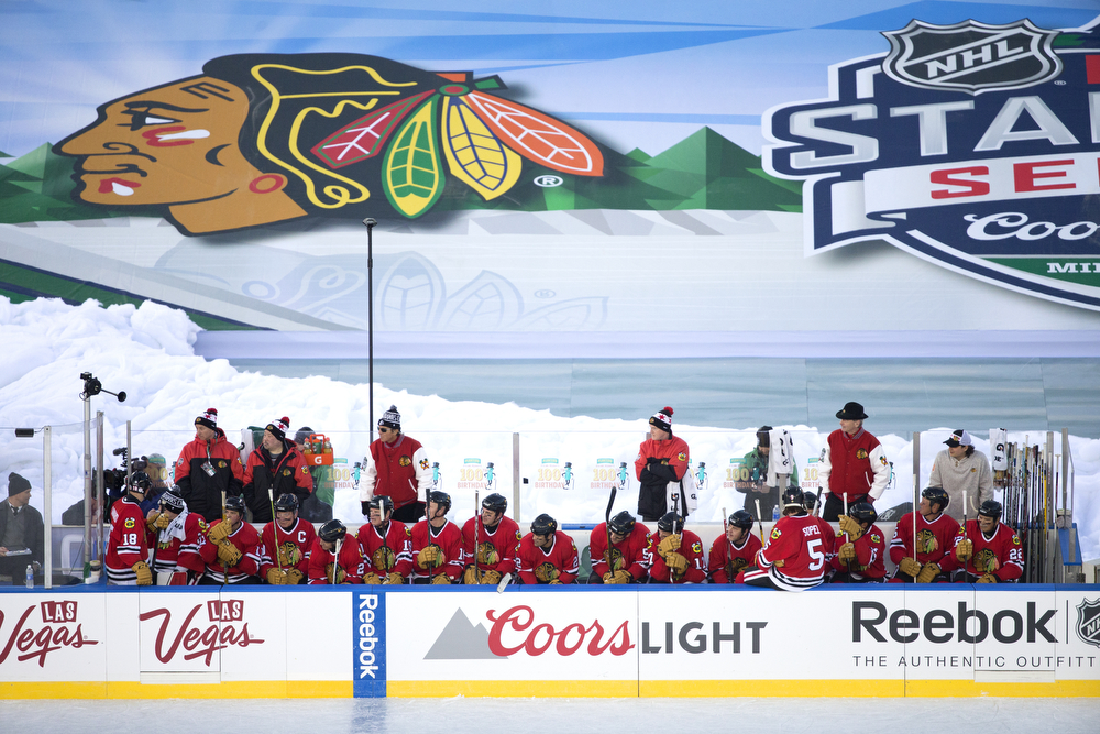 The Chicago Blackhawks alumni team sits on the bench during the second period of the Chicago Blackhawks versus Minnesota Wild/Minnesota North Stars 2016 NHL Stadium Series Alumni Game at TCF Bank Stadium on the campus of the University of Minnesota Saturday, Feb. 20, 2016, in Minneapolis. (Erin Hooley/Chicago Tribune)