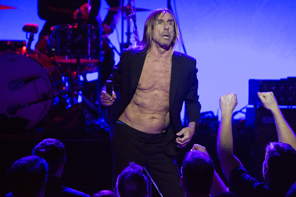 Iggy Pop performs at the Chicago Theatre Wednesday, April 6, 2016, in Chicago. (Erin Hooley/Chicago Tribune)