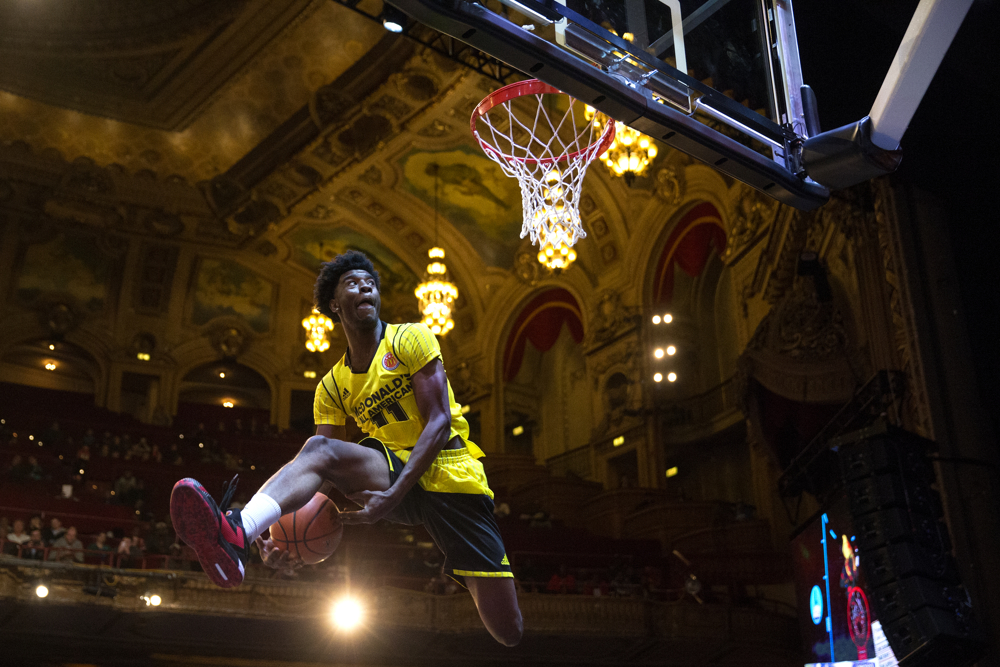 2016 McDonald's All American player Josh Jackson of California takes a turn during the slam dunk contest at the POWERADE Jam Fest skills event Sunday, March 28, 2016, at the Chicago Theatre in Chicago. The skills contest precedes the 39th All American Games on March 30 at the United Center. (Erin Hooley/Chicago Tribune)