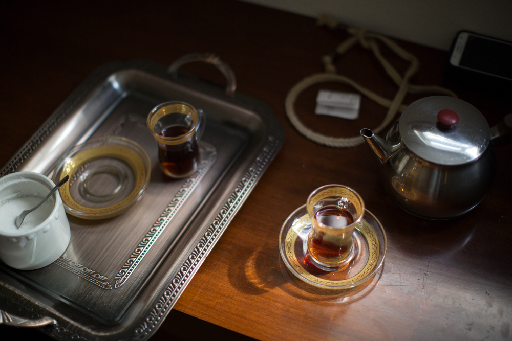 Tea is prepared at the Haj Khalaf family home Friday, April 14, 2017, in Skokie, Ill. (Erin Hooley/Chicago Tribune)
