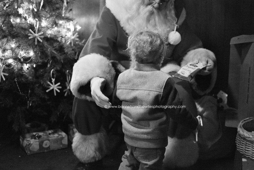 boy meeting Santa, UTZ potato chips