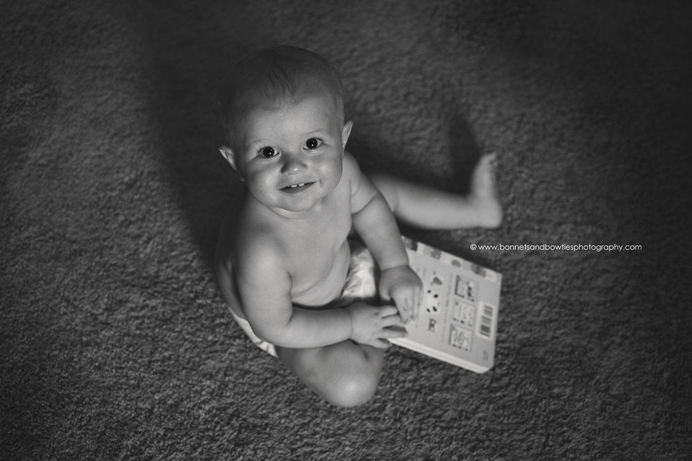 black and white photo of sitter baby in York PA