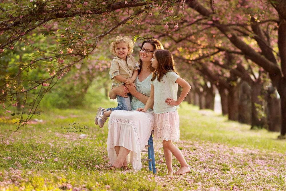 cherry blossom mommy & me session marietta pa.jpg
