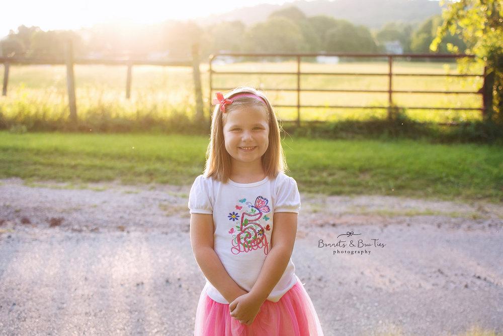 girl poses at farm.jpg