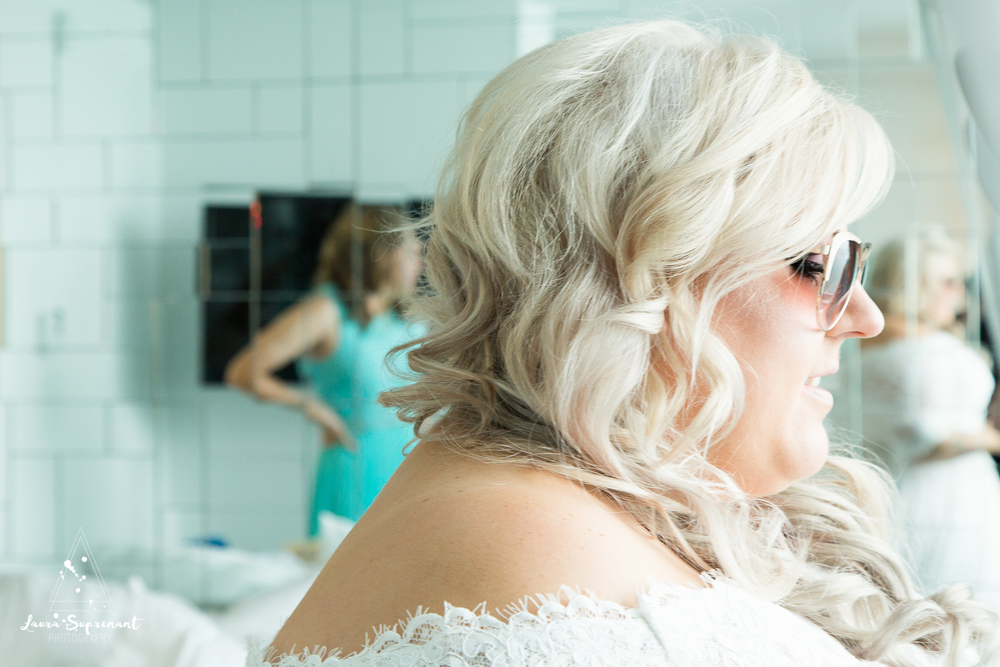 wedding_photography_chicago_wrigley_field_ravenswood_event_center_laura_suprenant (3 of 82).jpg