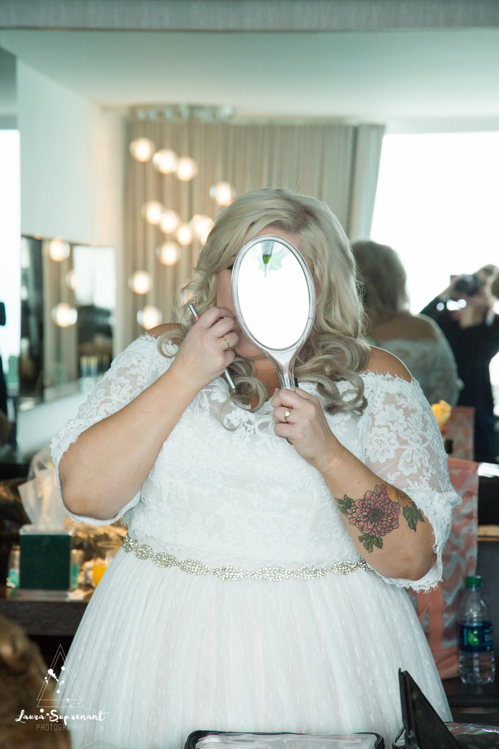 wedding_photography_chicago_wrigley_field_ravenswood_event_center_laura_suprenant (6 of 82).jpg