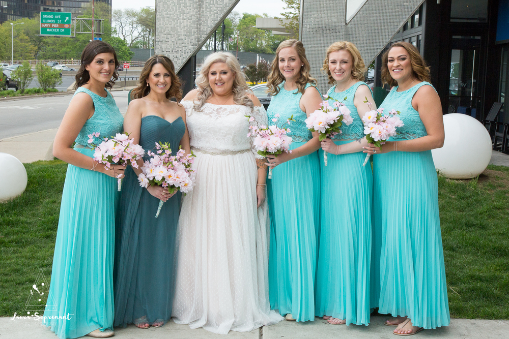 wedding_photography_chicago_wrigley_field_ravenswood_event_center_laura_suprenant (9 of 82).jpg