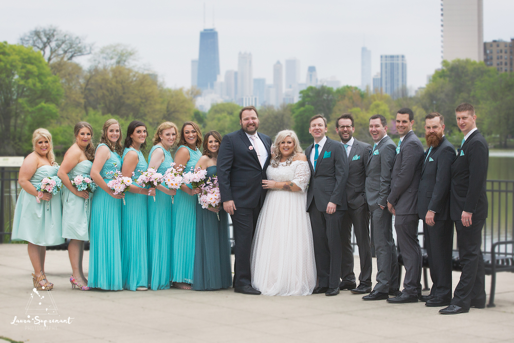 wedding_photography_chicago_wrigley_field_ravenswood_event_center_laura_suprenant (18 of 82).jpg