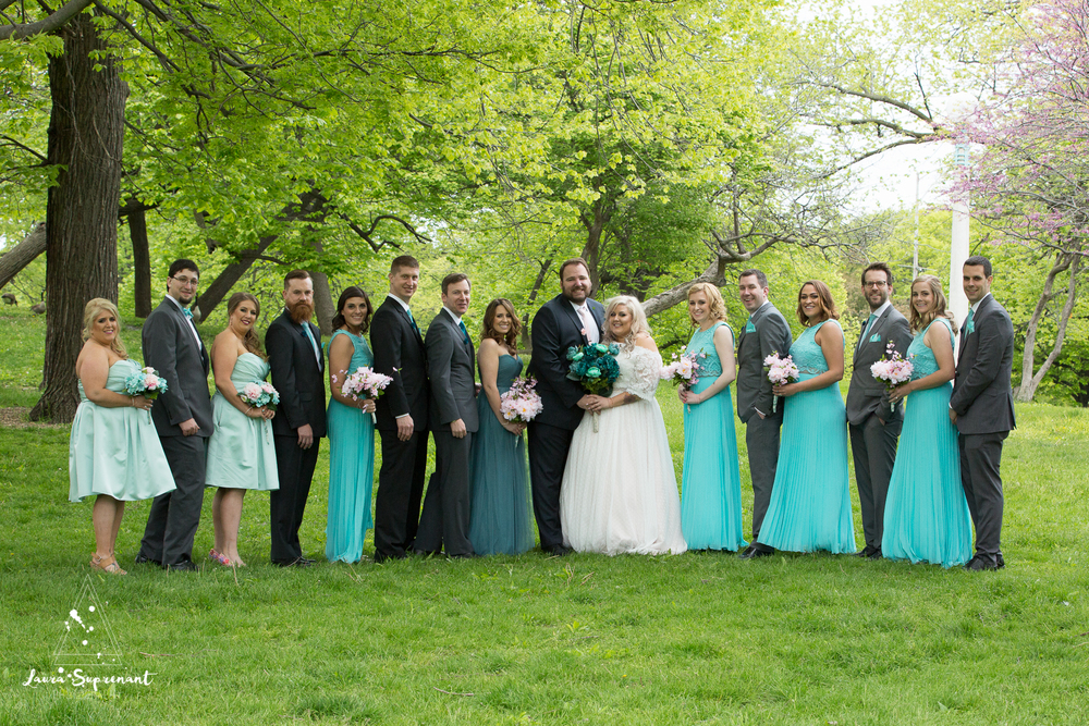 wedding_photography_chicago_wrigley_field_ravenswood_event_center_laura_suprenant (28 of 82).jpg