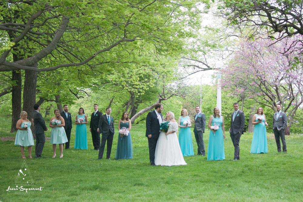 wedding_photography_chicago_wrigley_field_ravenswood_event_center_laura_suprenant (57 of 82).jpg