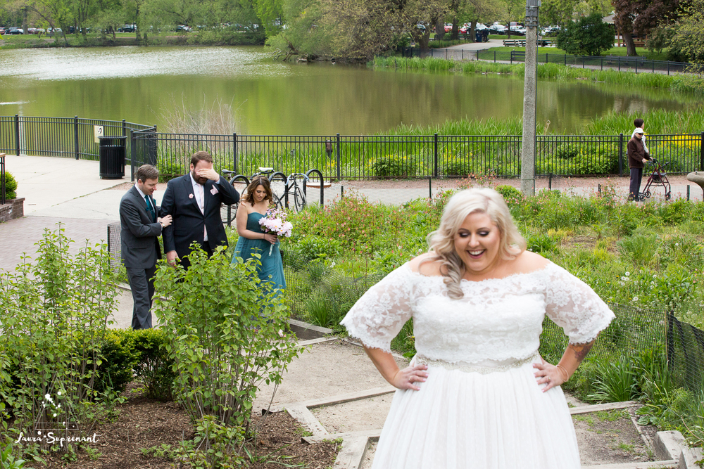 wedding_photography_chicago_wrigley_field_ravenswood_event_center_laura_suprenant (77 of 82).jpg