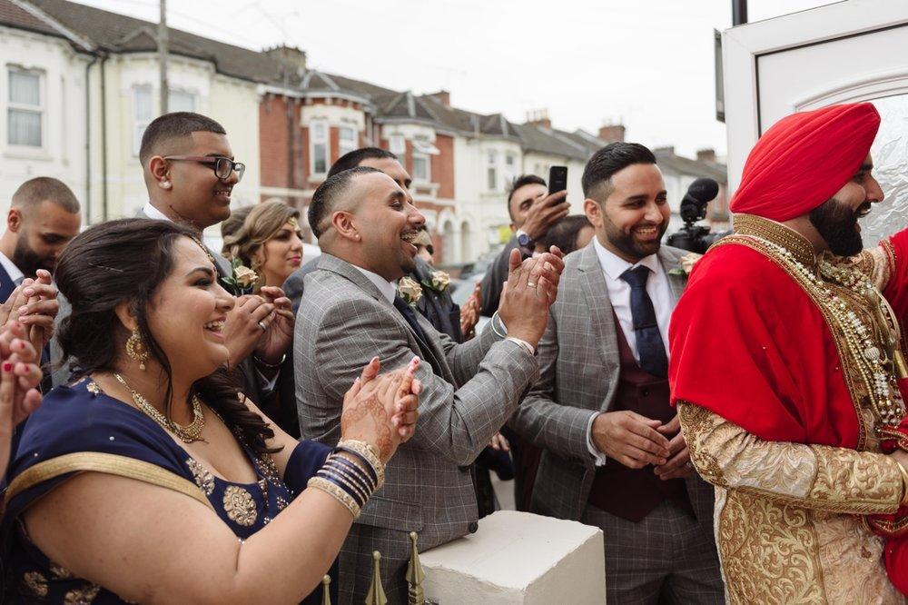 Gurpreet and Nick Sikh Wedding - Southampton - Photos by Abhi 32.jpg