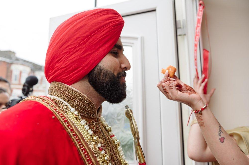 Gurpreet and Nick Sikh Wedding - Southampton - Photos by Abhi 33.jpg