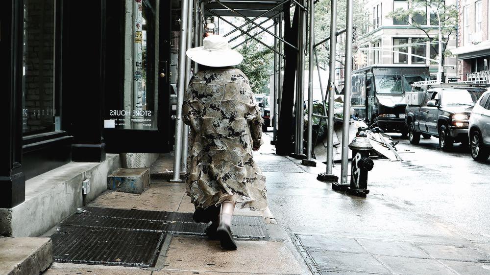 Sohoの古着屋Paracelsoではレア物ヴィンテージからブランド古着がひしめき合います。