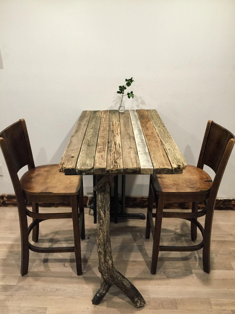 ロン毛と坊主とニューヨーク DIY home depot ヴィンテージ家具 バーテーブル