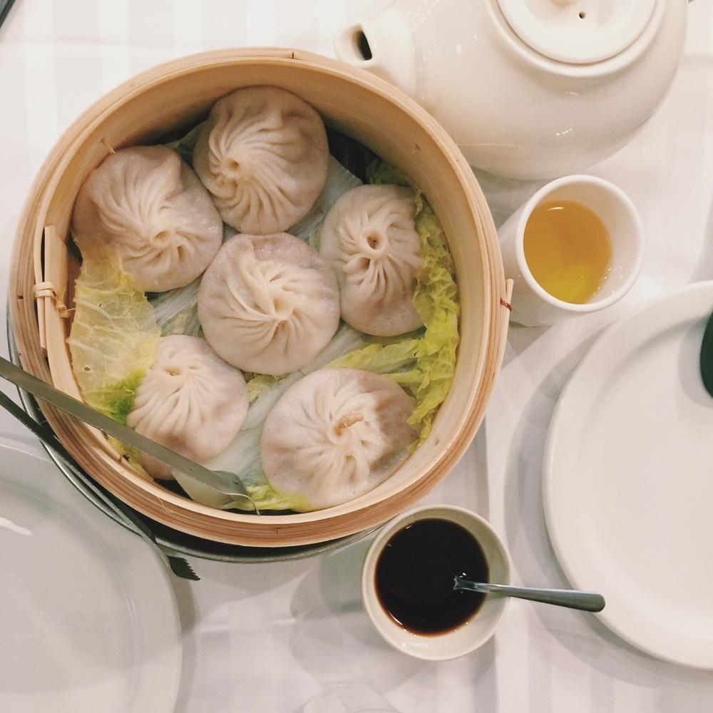 ミッドタウンのJoe's Shanghaiにて。