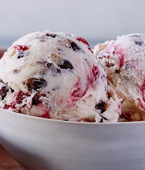 White Chocolate Raspberry Truffle  - (ホワイトチョコレート ラズベリー トリュフ)