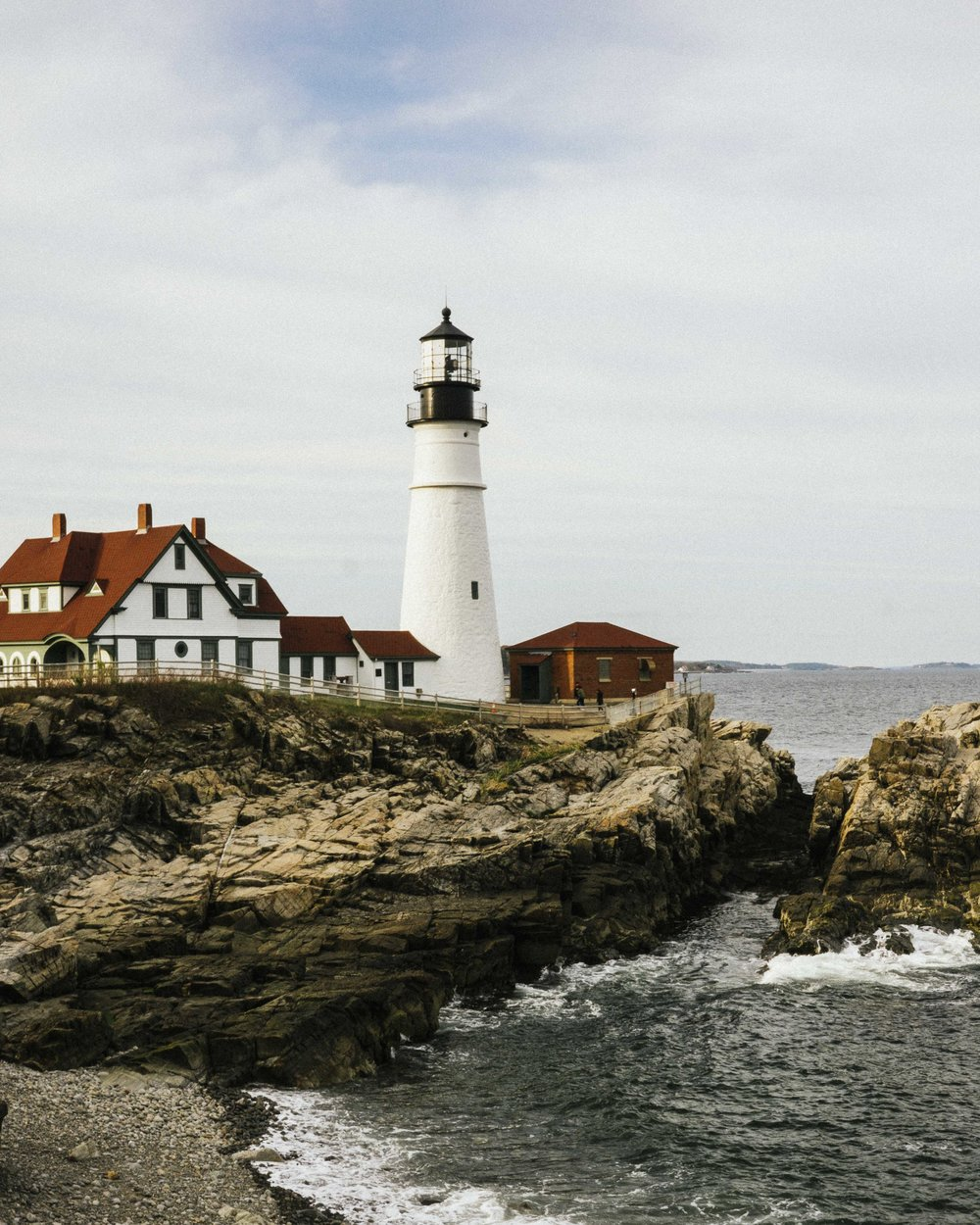 A Quick Stop for Lobster Wontons, Ramen & A Lighthouse in Portland, Maine