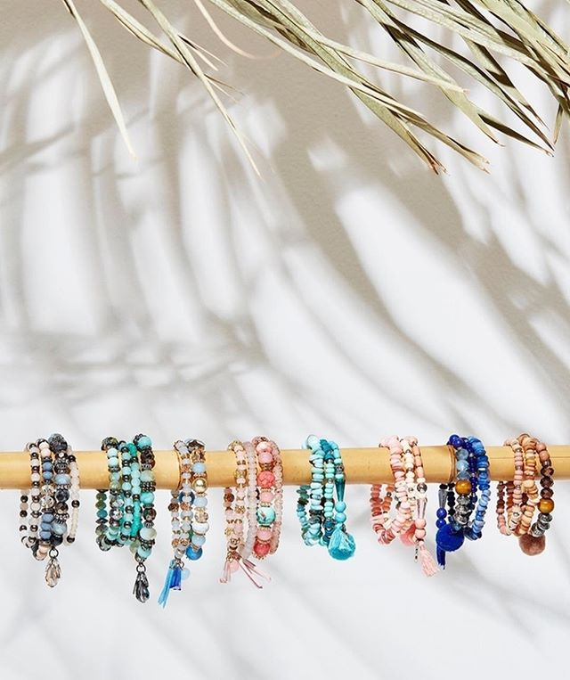 Having trouble finding gifts for Secret Santa? Need to pick up a gift for a teacher? These bracelets are a great, affordable gift! . . . #clothing #darwin #ntaustralia #fashion #fashionblog #fashionblogger #fashionstyle #style #styleblog #styleblogger #fashioninspo #trend #outfitpost #ootd #ootdmagazine #photooftheday #like4like #stylegram #outfit #whatiwore #likeforlike #instadaily #instagood #boutique #inspo #starvillage #beauty #tropical #lifestyle #boho