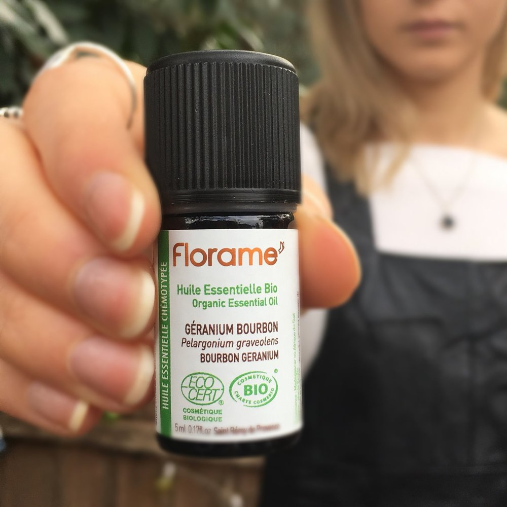 Geranium Essentail Oils - To receive the real wholistic benefits, make sure your oil is an Organic Theraputic Grade oil.