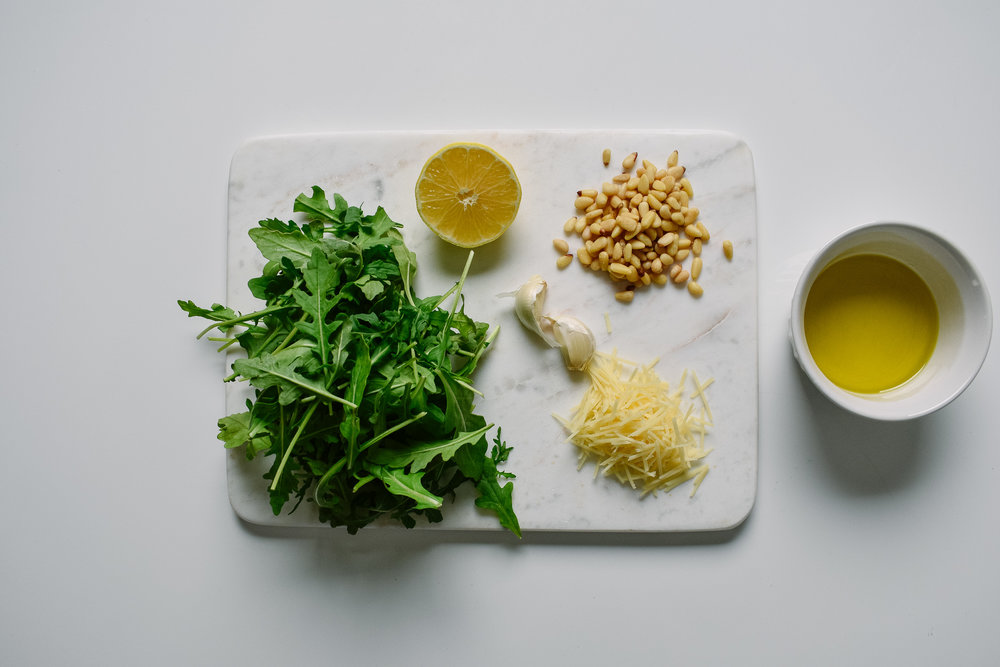 Arugula pesto ingredients