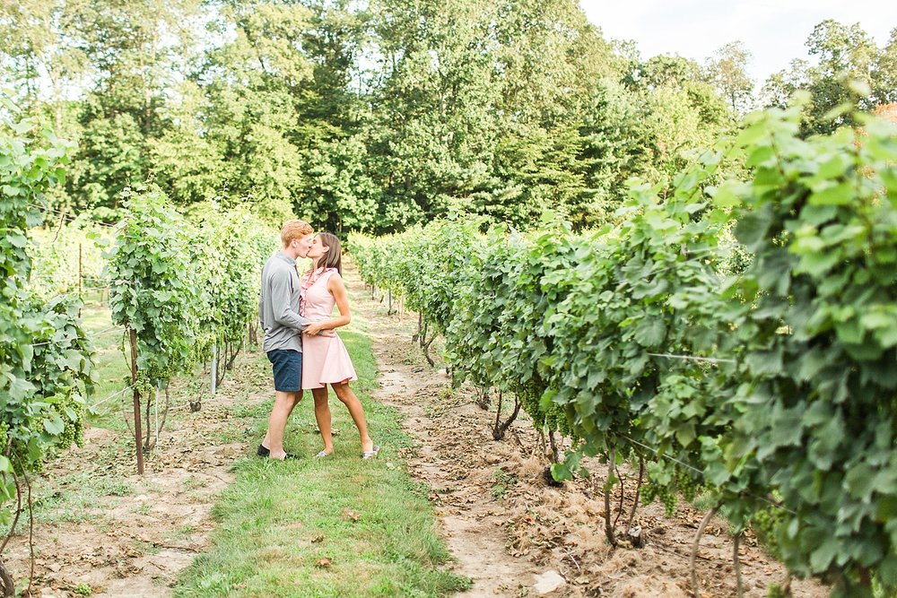 chamard-vineyards-wedding-proposal-clinton-connecticut-top-ct-nyc-destination-engagement-photographer-shaina-lee-photography-photo