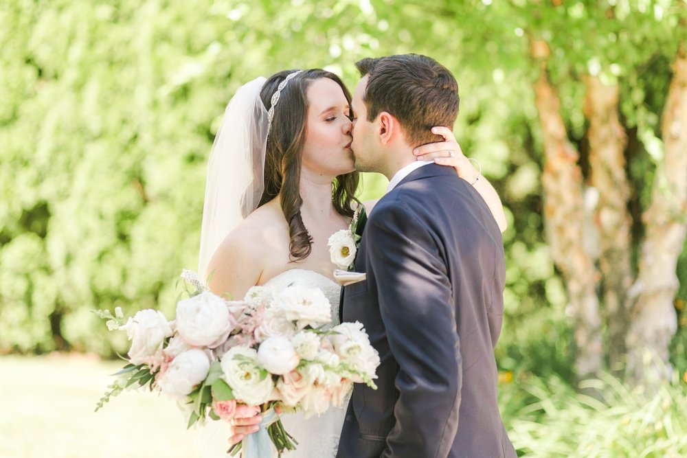 waterview-wedding-monroe-connecticut-new-york-hawaii-photographer-shaina-lee-photography-photo-27.jpg