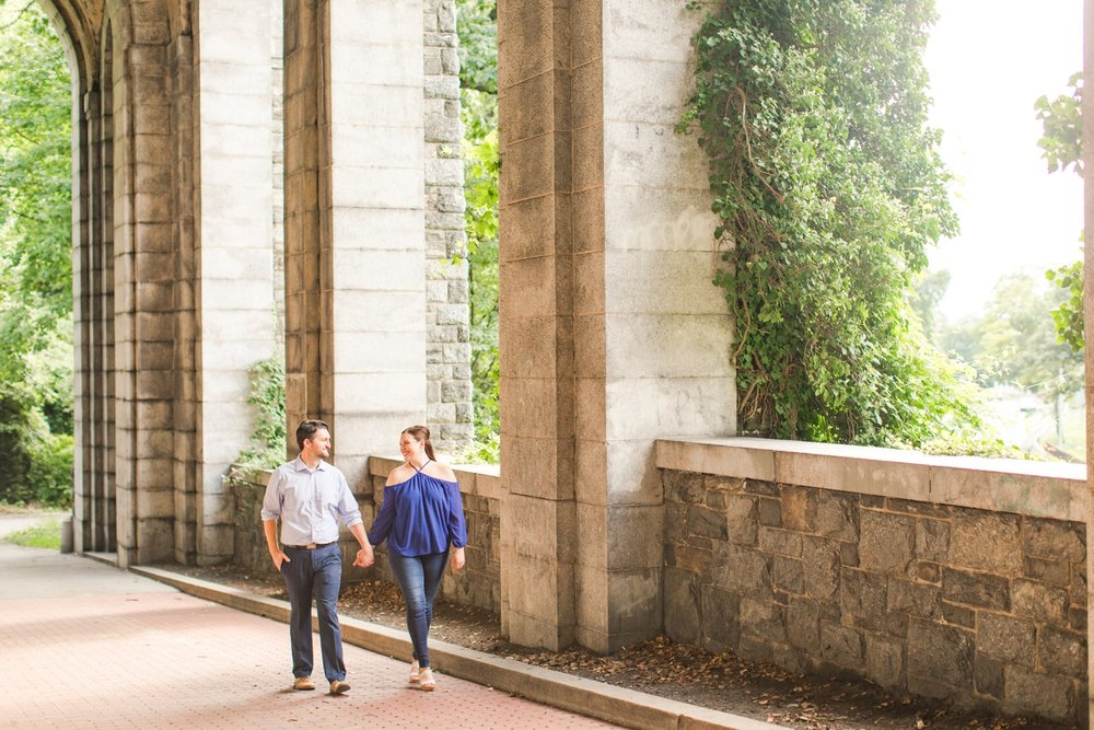 the-met-cloisters-engagement-session-manhattan-new-york-city-connecticut-wedding-photographer-shaina-lee-photography-photo-13.jpg