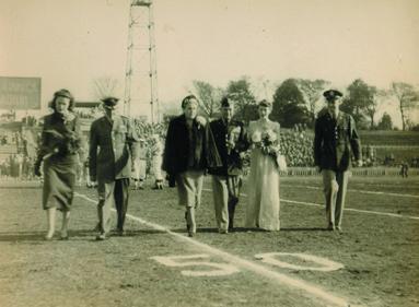 Nile Kinnick Stadium-dad photos from risa-103.jpg